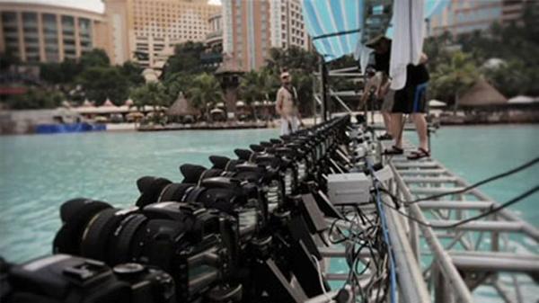 52台のデジタル一眼レフを使った映像作品「Rip Curl – Mirage Boardshort」